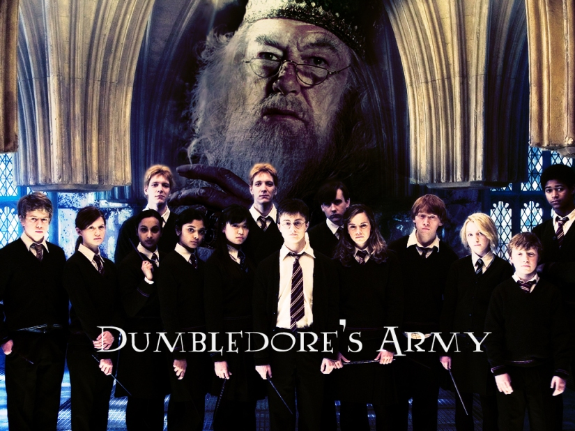 In This Together. http://www.alphawallpapers.com/harry-potter%E2%80%99s-friends-wallpapers/