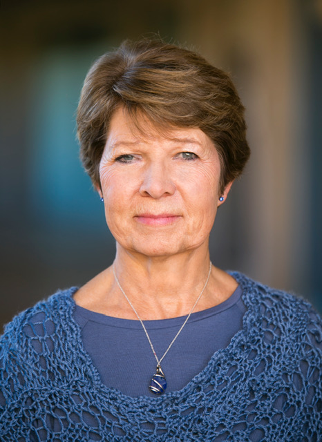 Author Headshot_Bonnie S Hirst